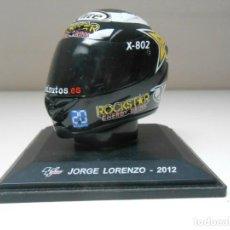 Coleccionismo deportivo: CASCO JORGE LORENZO 2012 MOTO 1/5 1:5 IXO ALTAYA HELMET BIKE MOTORBIKE GP MOTOR MINIATURA. Lote 296031358