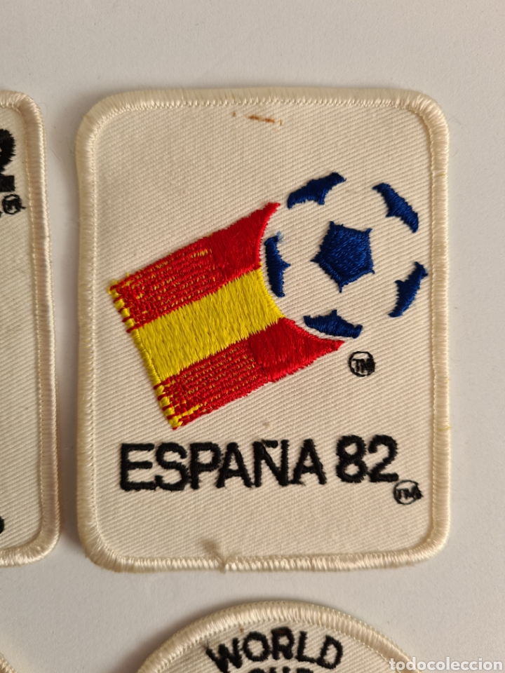 Coleccionismo deportivo: 4 Parches Naranjito Mascota Copa Mundial Fútbol España 82 - World Cup Spain Brasil - Foto 3 - 261627525