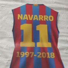 Coleccionismo deportivo: RECORDATORIO CAMISETA CARTÓN DE JUAN CARLOS ''LA BOMBA'' NAVARRO (1997-2018) - 1 MARZO 2019 -. Lote 278805653