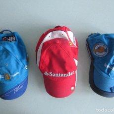Coleccionismo deportivo: GORRAS DE FORMULA 1 FERNANDO ALONSO - SCUDERIA FERRARI Y RENAULT. Lote 283509328