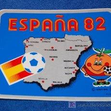 Coleccionismo deportivo: PEGATINA MUNDIAL 82 - NARANJITO - ESPAÑA 82. Lote 24652766