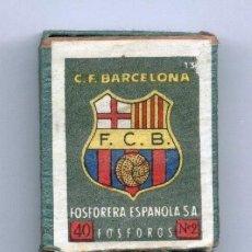 Coleccionismo deportivo: CAJA FOSFOROS. CERILLAS CON EL ESCUDO FC BARCELONA. BARÇA. FOSFORERA ESPAÑOLA.. Lote 270245793
