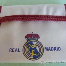 Coleccionismo deportivo: CARTERA - MONEDERO. REAL MADRID CLUB DE FÚTBOL. A ESTRENAR. . Lote 21777925