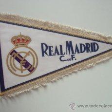 Coleccionismo deportivo: ANTIGUO BANDERIN DEL REAL MADRID . Lote 25207772