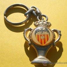 Coleccionismo deportivo: LLAVERO METAL VALENCIA (AÑOS 80). Lote 25152172
