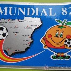 Coleccionismo deportivo: MUNDIAL 82. SEDES. ADESIVO ORIGINAL 15 X 11 CMS. NARANJITO. Lote 25411880