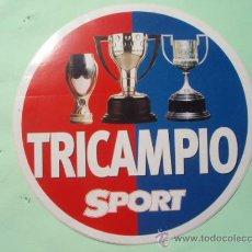 Coleccionismo deportivo: PEGATINA DEL F.C.BARCELONA TRICAMPIONS . Lote 25372428