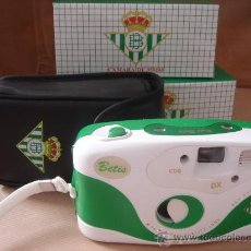 Coleccionismo deportivo: CAMARA DE FOTOS 35 MM DEL REAL BETIS - ¡¡¡ NUEVA + FUNDA ¡¡ FUTBOL. Lote 26031044