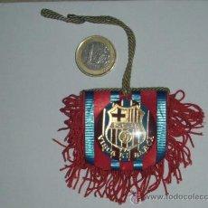 Coleccionismo deportivo: COLGANTE BANDERIN DEL BARCELONA - VISCA EL BARSA - . Lote 27459777