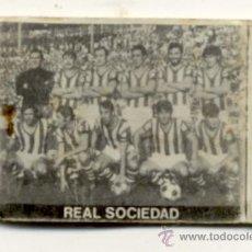 Coleccionismo deportivo: CAJA DE CERILLAS // REAL SOCIEDAD DE FUTBOL - BAR BETELU SAN SEBASTIAN . Lote 29849683