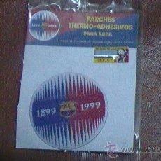 Coleccionismo deportivo: ESCUDO BORDADO DE TELA ESCUDO FUTBOL F C BARCELONA CENTENARIO. Lote 29872614