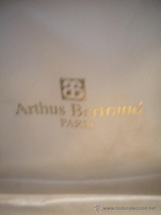 Coleccionismo deportivo: Reloj y pin de la prestigiosa joyeria ARTHUS Bertrand Paris.1970s. - Foto 2 - 31069827