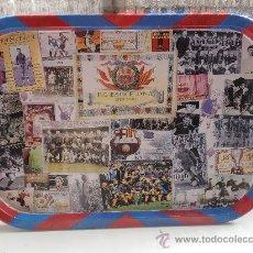 Coleccionismo deportivo: ANTIGUA BANDEJA DEL F.C.BARCELONA EN. Lote 174477114