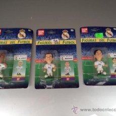 Coleccionismo deportivo: TRES JUGADORES DEL MADRID AÑOS 90. Lote 32929697