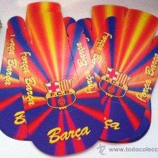 Coleccionismo deportivo: LOTE DE 24 GORRAS DE CARTON DEL BARCELONA. PARA FORMAR. VER FOTOS. Lote 33054235
