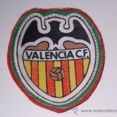 Coleccionismo deportivo: PARCHE DE TELA VALENCIA CLUB DE FUTBOL. Lote 33376218