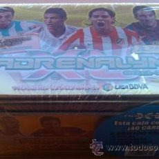 Collectionnisme sportif: BOX SERIE ORO EDICION LIMITADA ADRENALYN XL LIGA BBVA 2011-12 CAJA TRADING CARD GAME PRECINTADA. Lote 36438665