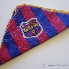 Coleccionismo deportivo: PAÑUELO ANTIGUO DEL CLUB DE FUTBOL BARCELONA.. Lote 37055624