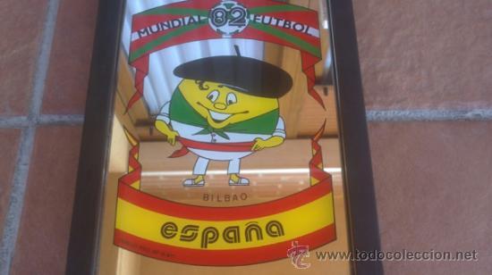 Coleccionismo deportivo: ESPEJO DECORADO MUNDIAL DE FUTBOL ESPAÑA 82.BILBAO FORMATO 17 X 23 CM - Foto 2 - 37871285