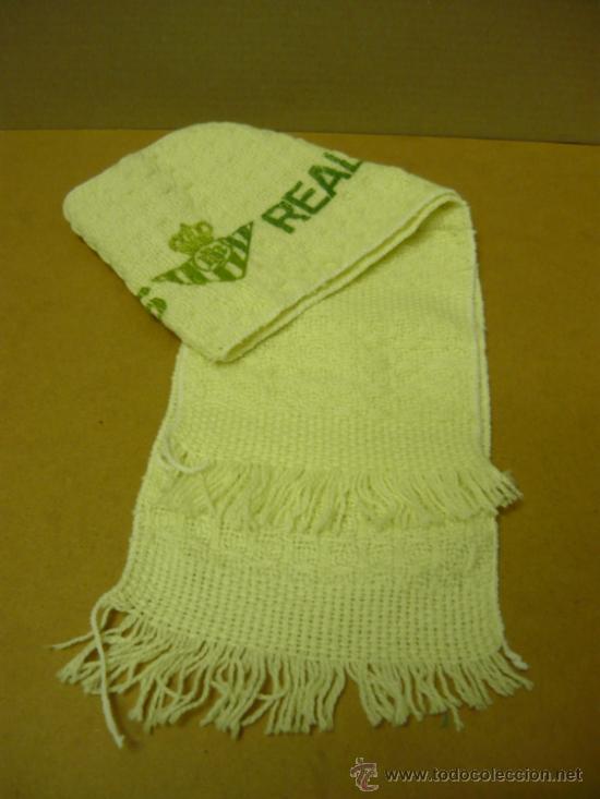 Coleccionismo deportivo: FUTBOL.R.BETIS.muy antigua,rara,y dificil de encontrar bufanda del betis. mide 96x16 cm. - Foto 3 - 38300293
