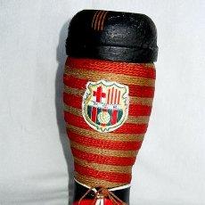Coleccionismo deportivo: ANTIGUA BOTELLA FUTBOL CLUB BARCELONA. F.C.B. AÑOS 60.. Lote 39156149