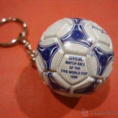 Coleccionismo deportivo: LLAVERO ADIDAS TANGO TRICOLORE MUNDIAL 1998 FIFA WORLD CUP. Lote 39325315