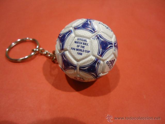 Coleccionismo deportivo: LLAVERO ADIDAS TANGO TRICOLORE MUNDIAL 1998 FIFA WORLD CUP - Foto 4 - 39325315