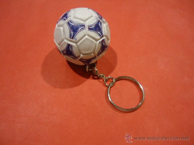 Coleccionismo deportivo: LLAVERO ADIDAS TANGO TRICOLORE MUNDIAL 1998 FIFA WORLD CUP - Foto 3 - 39325315