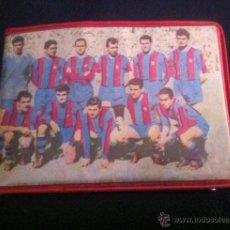 Coleccionismo deportivo: ANTIGUA CARTERA MONEDERO AÑOS 60 DEL FUTBOL CLUB BARCELONA BARÇA VINTAGE. Lote 40680663