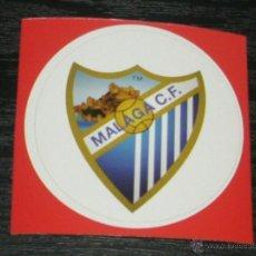 Coleccionismo deportivo: -PEGATINA CIRCULAR ESCUDO DE FUTBOL : MALAGA. Lote 40766545