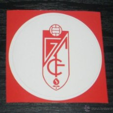 Coleccionismo deportivo: -PEGATINA CIRCULAR ESCUDO DE FUTBOL : GRANADA. Lote 40766552