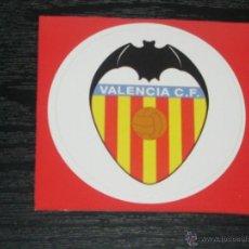 Coleccionismo deportivo: -PEGATINA CIRCULAR ESCUDO DE FUTBOL : VALENCIA. Lote 40766603