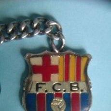Coleccionismo deportivo: ANTIGUO LLAVERO ESCUDO FC BARCELONA EN PLATA - BIEN CONSERVADO -. Lote 42309758