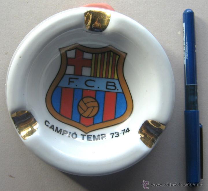 CENICERO ASTHRAY FUTBOL FC BARCELONA CAMPEON CAMPIO LIGA 73-74 CRUYFF COMO NUEVO (Coleccionismo Deportivo - Merchandising y Mascotas - Futbol)