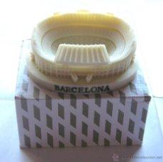 Coleccionismo deportivo: MAQUETA RESINA ESTADIO CAMP NOU FC BARCELONA GRAN CALIDAD: 11 X 9 X 3 CM OFICIAL . Lote 53452988
