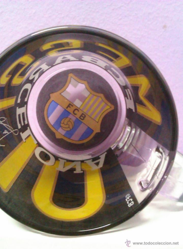 Coleccionismo deportivo: JARRA DE CRISTAL EDICION LIMITADA FC BARCELONA MESSI 10 FIRMA Y ESCUDO DIFICIL DE CONSEGUIR - Foto 5 - 42798621