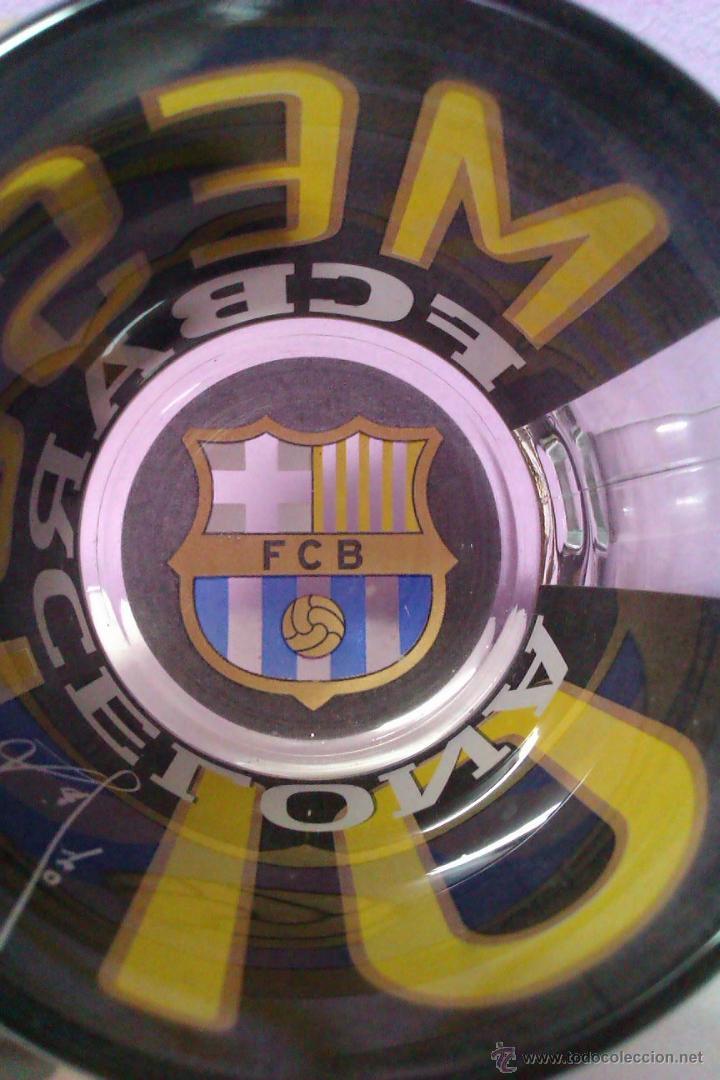Coleccionismo deportivo: JARRA DE CRISTAL EDICION LIMITADA FC BARCELONA MESSI 10 FIRMA Y ESCUDO DIFICIL DE CONSEGUIR - Foto 6 - 42798621