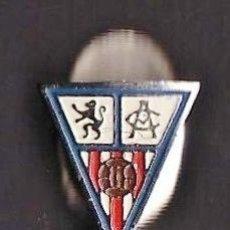 Coleccionismo deportivo: ANTIGUA INSIGNIA FUTBOL - OJAL - ATLETICO ZARAGOZA - METAL - EP/AT. Lote 44010488
