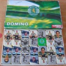 Coleccionismo deportivo: DOMINÓ DE FÚTBOL. SPORTING DE LISBOA, PORTUGAL. CON LOS JUGADORES MÁS IMPORTANTES DE SU HISTORIA. Lote 45124098