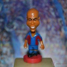 Coleccionismo deportivo: FIGURA F,C. BARCELONA 2001 RONALDO. Lote 45219760