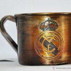 Coleccionismo deportivo: TAZA ALEMANA DE FC REAL MADRID. Lote 45265631