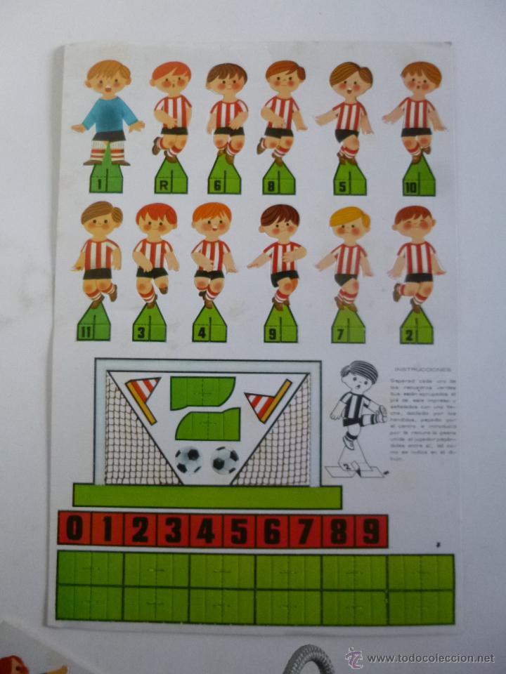 Coleccionismo deportivo: JUEGO DE FUTBOL DADO GOL CONTIENE 2 EQUIPOS ATLETIC BILBAO REAL SOCIEDAD RUIZ ROMERO ED 1980 - Foto 3 - 45912911