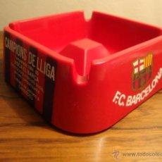 Coleccionismo deportivo: CENICERO FUTBOL CLUB BARCELONA CAMPIONS DE LLIGA TEMPORADA 1984 85 TROBADA PENYES CARDEDEU. Lote 47553217