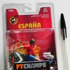 Coleccionismo deportivo: FERNANDO TORRES FIGURA JUGADOR DE SELECCIÓN ESPAÑOLA FTCHAMPS FÚTBOL ESPAÑA DEPORTE JUGUETE ATLÉTICO. Lote 47714698