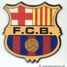 Coleccionismo deportivo: POSAVASOS LOTE 2 ESCUDOS FC BARCELONA. BARÇA. NUEVOS A ESTRENAR. POSA VASOS. FUTBOL.. Lote 47808314