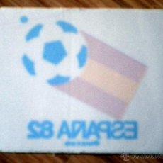 Coleccionismo deportivo: PEGATINA FUTBOL STICKER FOOTBALL PARA CRISTAL MUNDIAL ESPAÑA 82 FIFA WORLD CUP SPAIN 1982. Lote 48940680