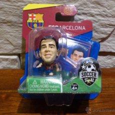 Coleccionismo deportivo: FC BARCELONA - SOCCERSTARZ - XAVI HERNANDEZ - FIGURA F - FUTBOL - PRECINTADO - BLISTER - NUEVO. Lote 49218038