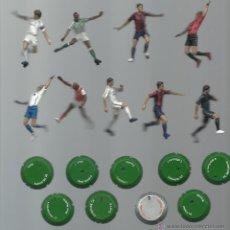 Coleccionismo deportivo: LOTE DE FIGURAS PVC FUTBOL REAL MADRID BARCELONA VALENCIA BETIS ARSENAL ESPAÑA CON SU SOPORTE PARA P. Lote 49754894
