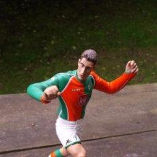 Coleccionismo deportivo: FT CHAMPS MIROSLAV KLOSE WERDER BREMEN FIGURA 15 CM.. Lote 57681077