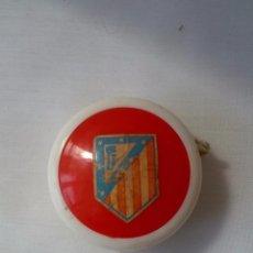 Coleccionismo deportivo: ANTIGUO YO YO ATLETICO DE MADRID AÑOS 70. Lote 50202914